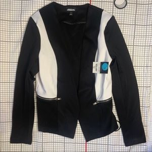 Project Runway Black & White Jacket NWT Sm…